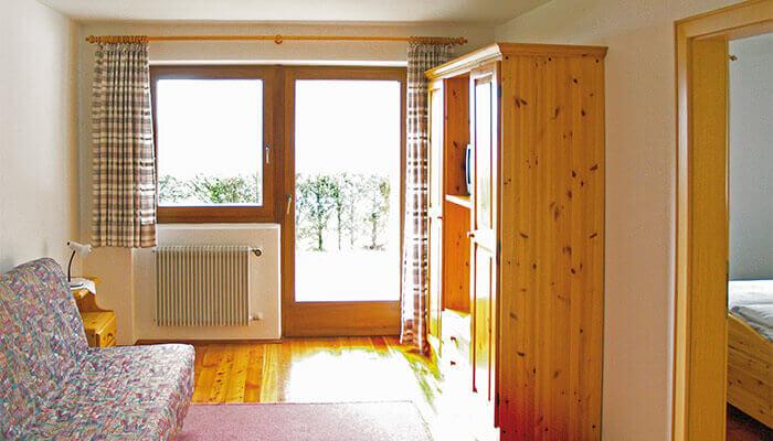 urlaub in antholz im pustertal zimmer pension brunner. Black Bedroom Furniture Sets. Home Design Ideas